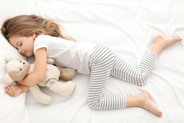تاثیر خواب در افزایش قد کودکان