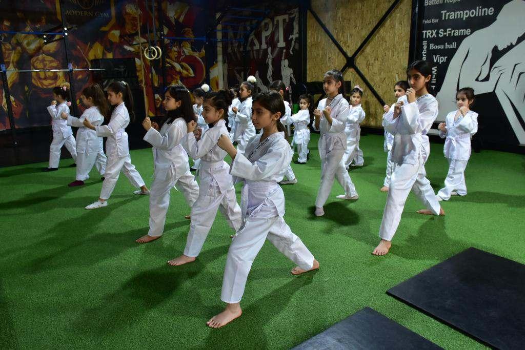 تمرینات کاراته