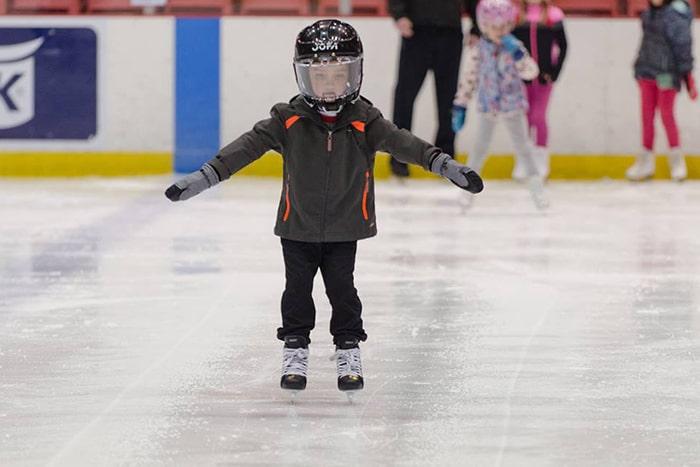 تمرکز در اسکیت روی یخ