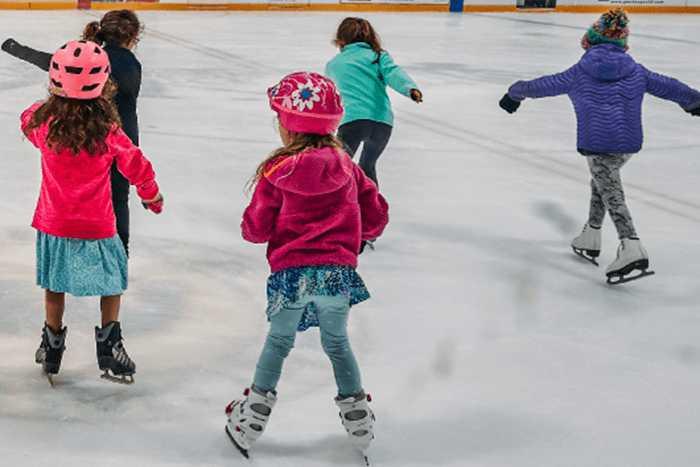 اسکیت روی یخ برای خردسالان