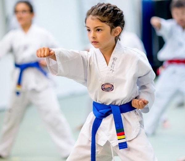 فواید ورزش تکواندو برای کودکان